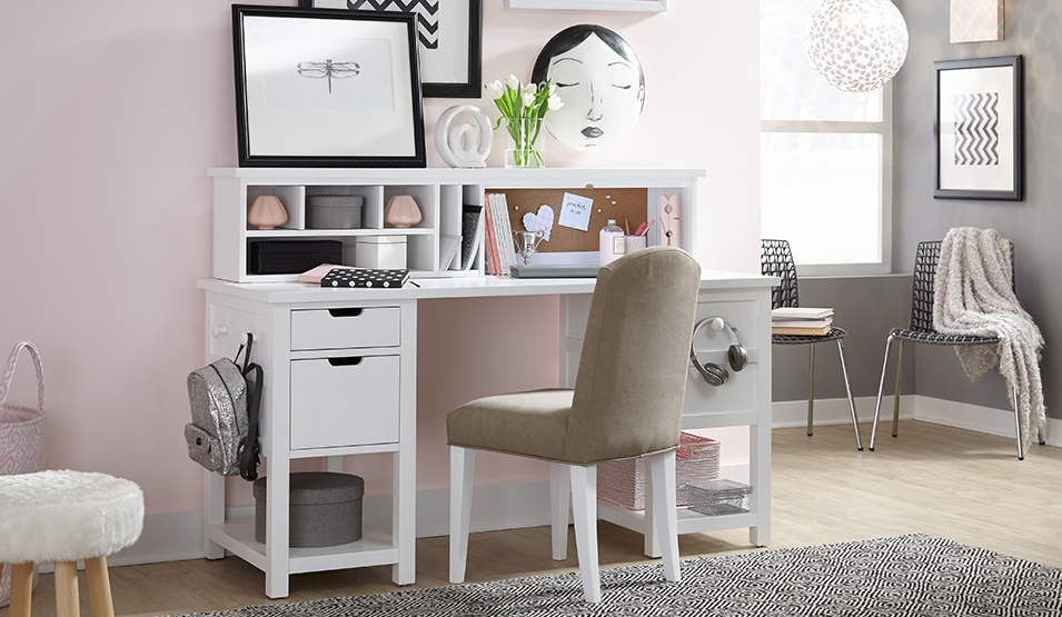 Kids Legacy Clic Bedroom Furniture For